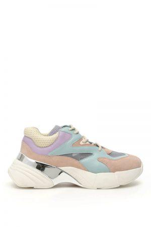 Sneakersy w pastelowych kolorach