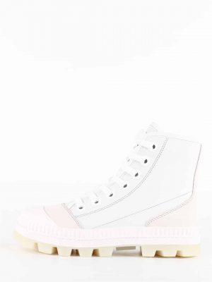 Białe wysokie sportowe botki
