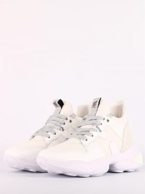 Białe trampki sneakersy